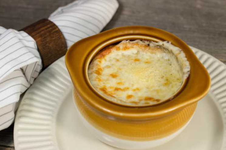 Making the Applebee's French Onion Soup at Home